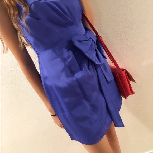 Bright blue Formal dress with lovely bow.